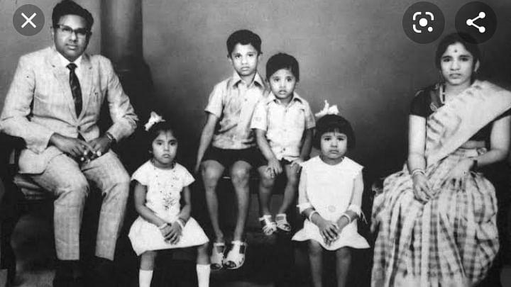 குடும்பத்துடன் ஏ.ஆர்.லட்சுமணன்