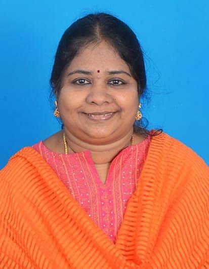 பிரியசகி, ஆசிரியர், சென்னை