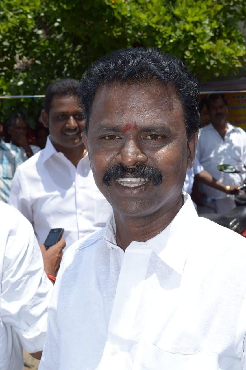 சுரேஷ் குப்தா