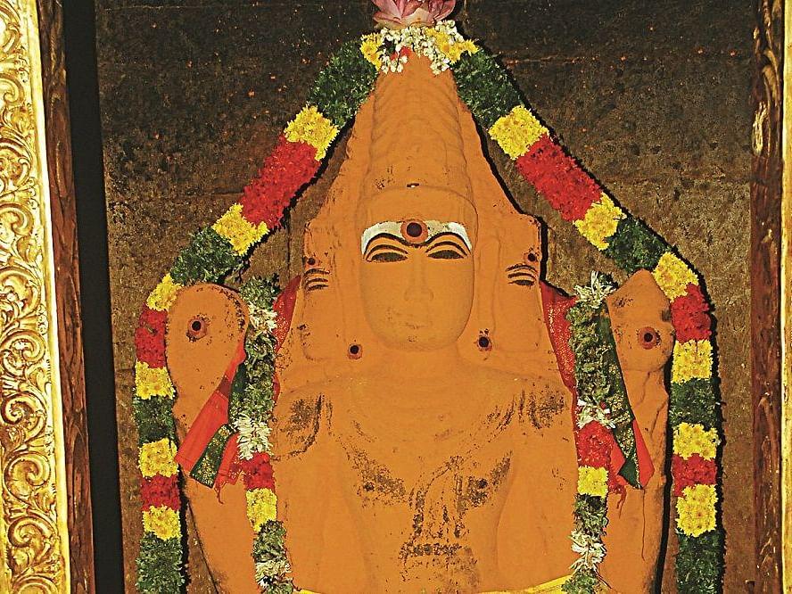 திருப்பட்டூர் பிரம்மனுக்கு மஞ்சள் காப்பு