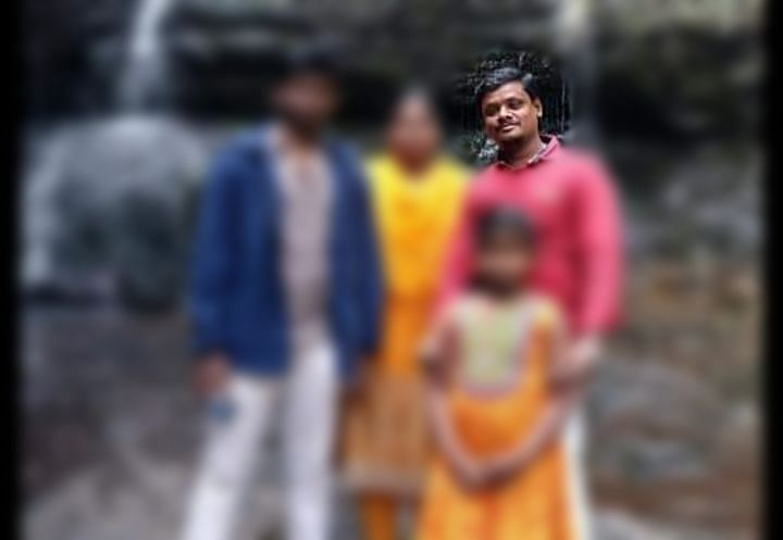 குடும்பத்தினருடன் சிவபிரகாஷ்