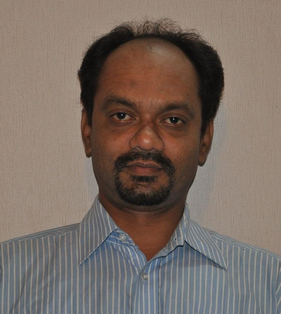 Mr. Divakar Thombre, தேசிய வண்ணத்துப்பூச்சிக்கான தேர்வுக் குழுவின் உறுப்பினர்
