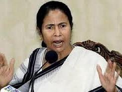 #ElectionResults2021: திடீர் குளறுபடி; சுவேந்து அதிகாரி வெற்றி - முறைகேடு நடந்திருப்பதாக மம்தா குற்றச்சாட்டு