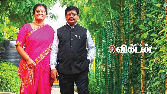 கணவருடன் சசிகலா புஷ்பா