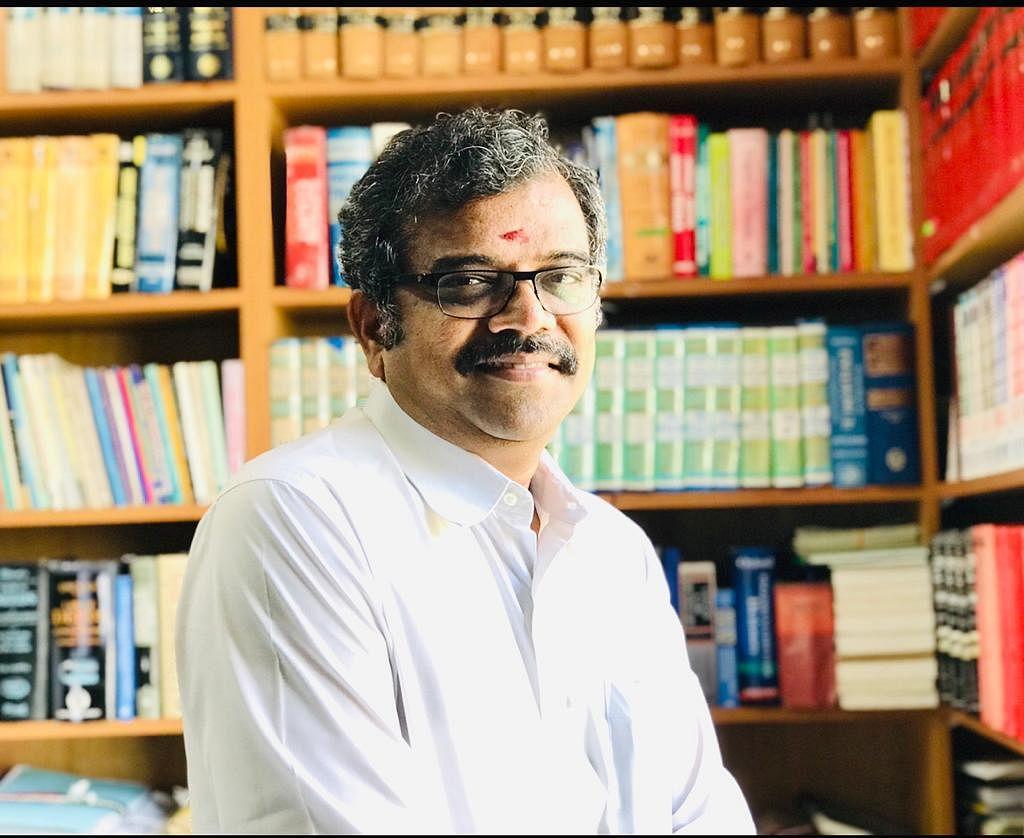 கே.அழகுராமன் - வழக்கறிஞர், உயர் நீதிமன்றம், சென்னை