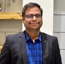 வெ.விஜயகுமார் – நிறுவனர் - ZEBU SHARE AND WEALTH MANAGEMENTS PVT LTD