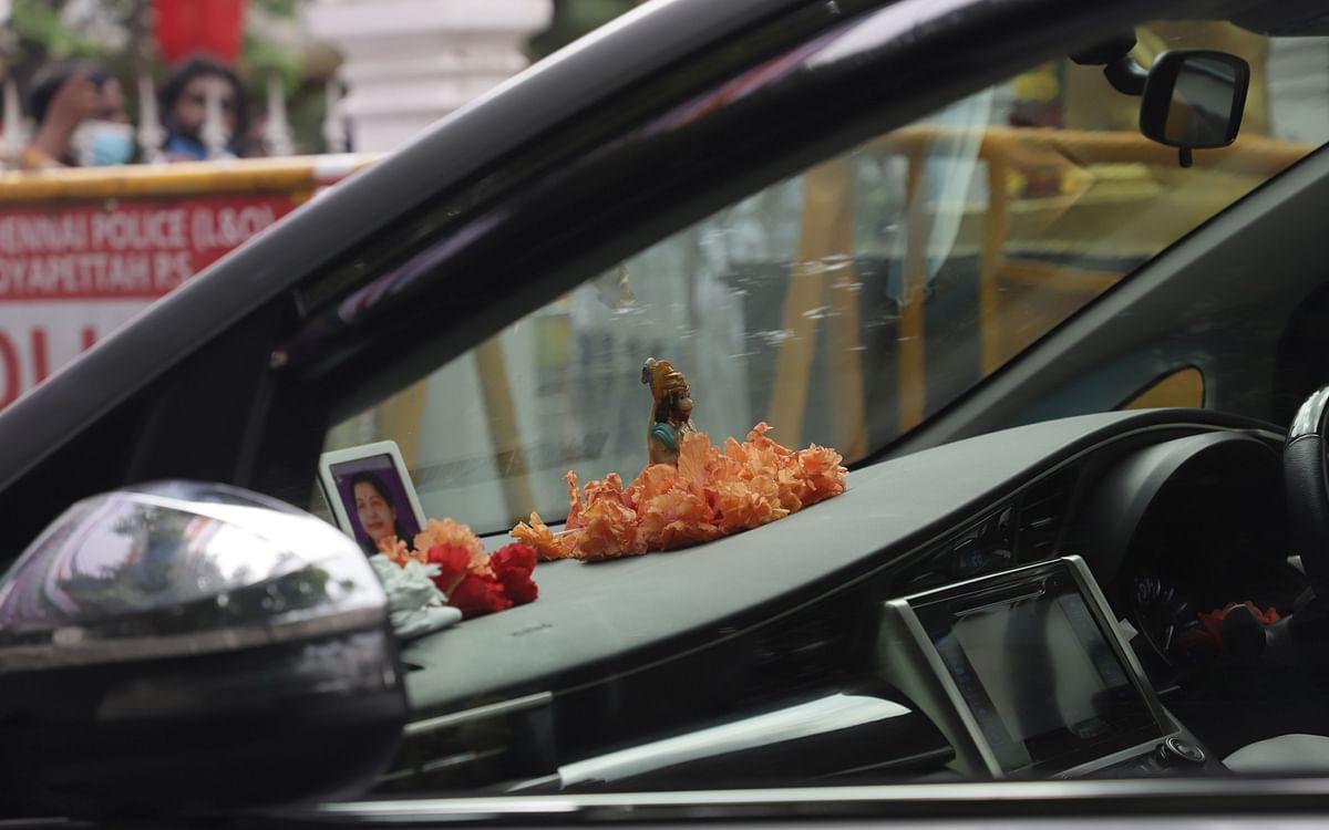 `ஆஞ்சநேயர் துணை நிற்பார்!' - எடப்பாடி பழனிசாமியின் ஒருமாத விரதம்