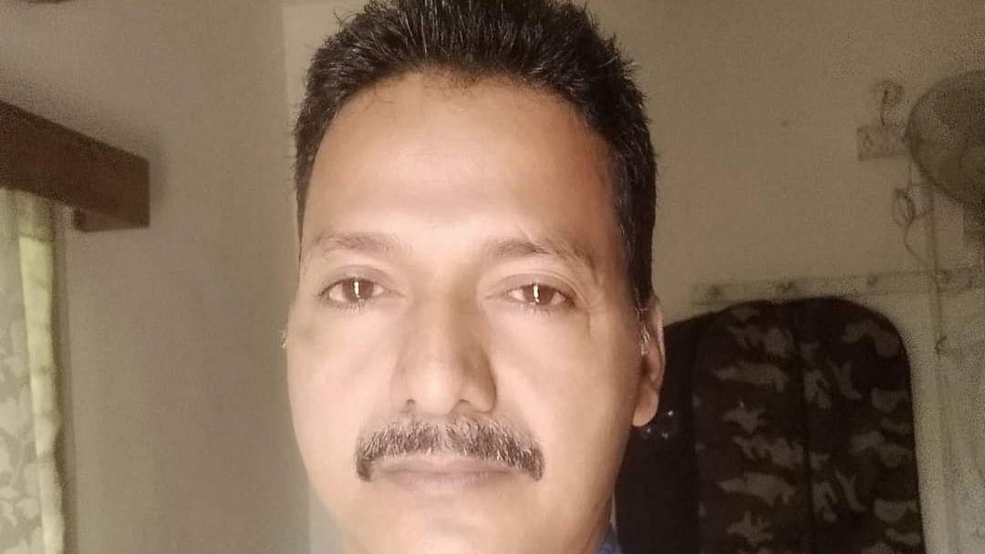 தற்கொலை செய்துகொண்ட அதிகாரி  ஸ்ரீஜன்