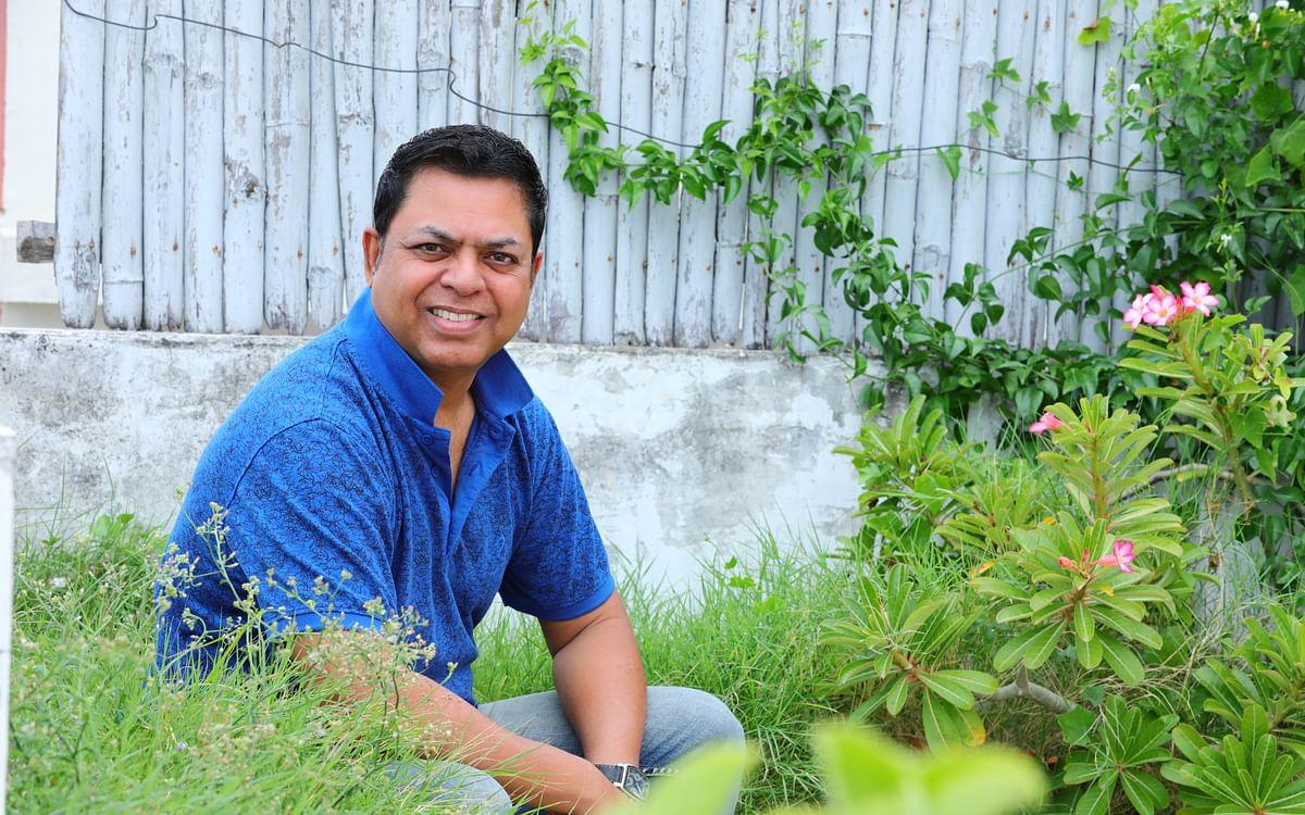 ``ஹாரிஸ் ஜெயராஜ் ஹிட் அடிக்க அந்த இன்ஸ்பிரேஷன்தான் காரணம்!''- ஜேம்ஸ் வசந்தன்