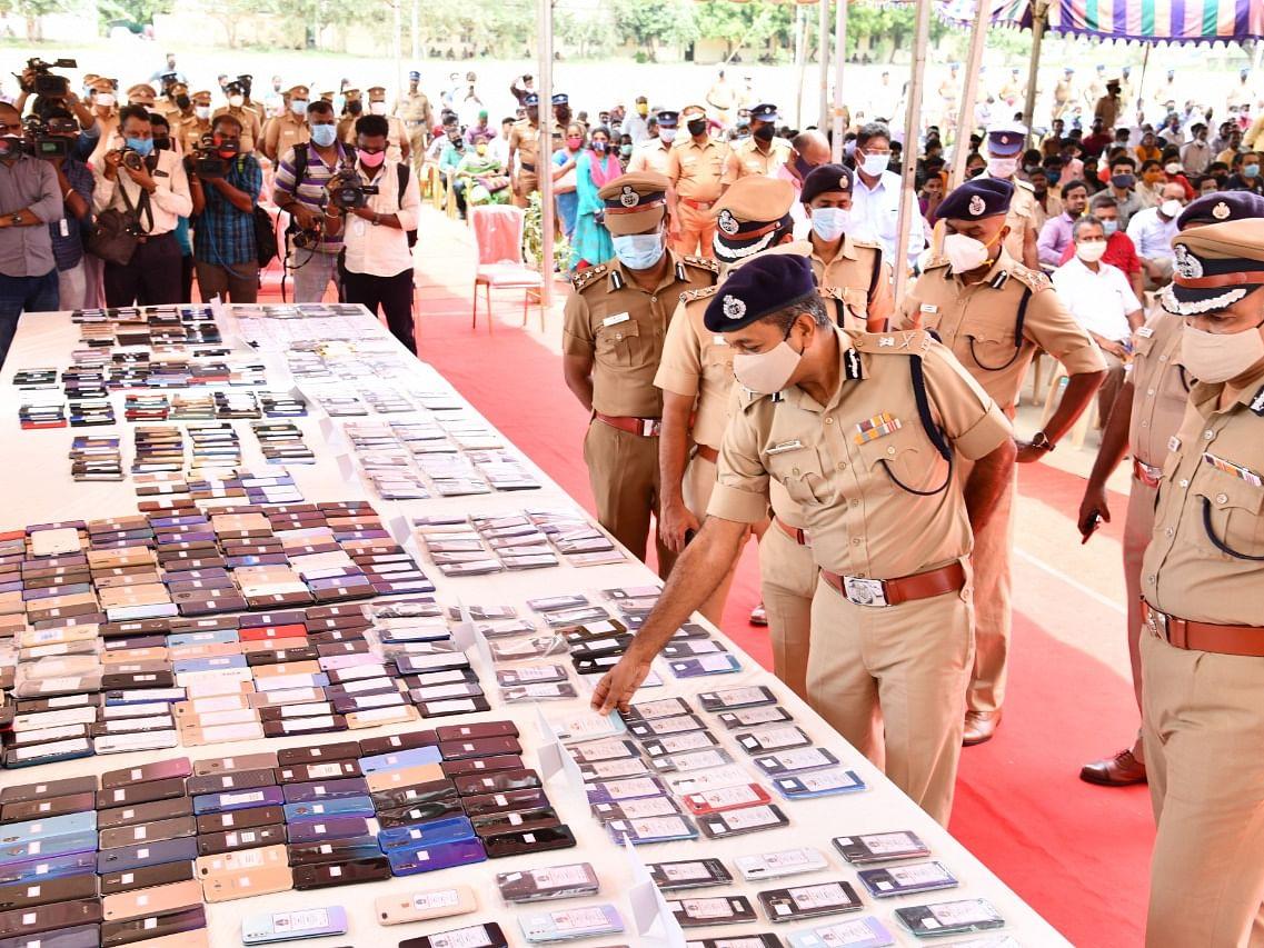 சென்னை: 48 நாள்களில் 1,193 திருட்டு செல்போன்கள் மீட்பு!