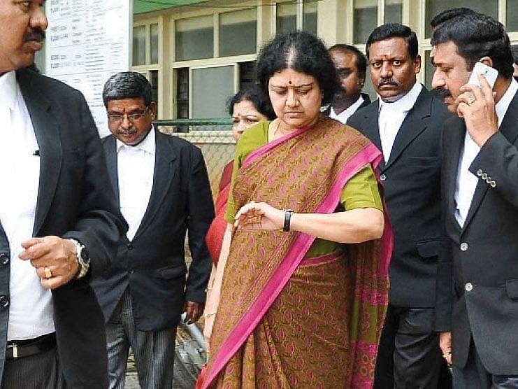 சசிகலா ரிலீஸ்: `ஒரு வருடமாக எந்த பதிலும் சரியாக கிடைக்கலை!' - பெங்களூரு நரசிம்மமூர்த்தி