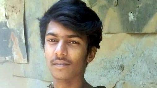உயிரிழந்த தினேஷ்