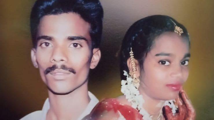 கண்டெய்னர் லாரி விபத்தில் உயிரிழந்த கணவன், மனைவி