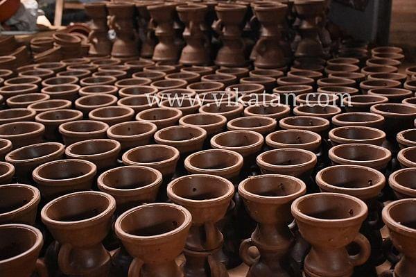 மண்பாண்டம் தயாரிப்புக் கூடம்