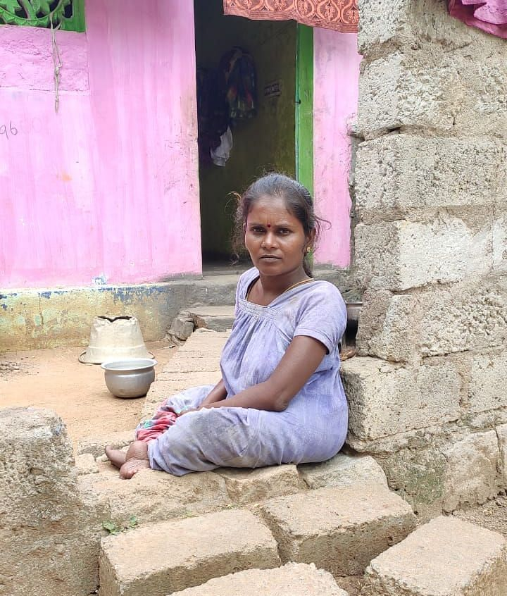 மாற்றுத்திறனாளி சரிதா
