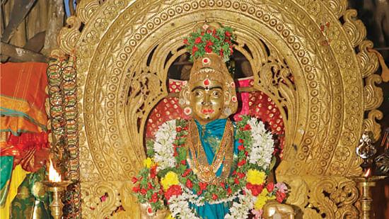 தீக்குதித்த அம்மன்