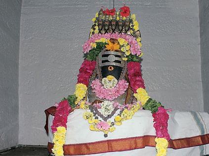 மகா பெரியவா சுட்டிக்காட்டிய  திருக்கோயில்!