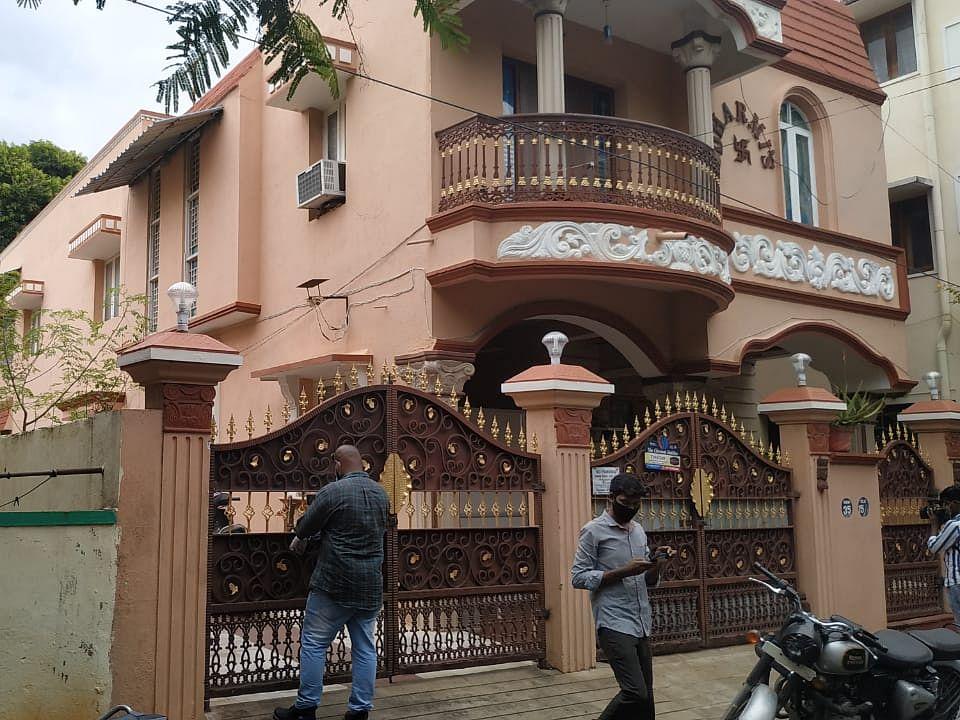 சென்னை: காதலி வீட்டில் நகைகள்- தி.நகர் ஜூவல்லரி கொள்ளையன் சிக்கியது எப்படி?