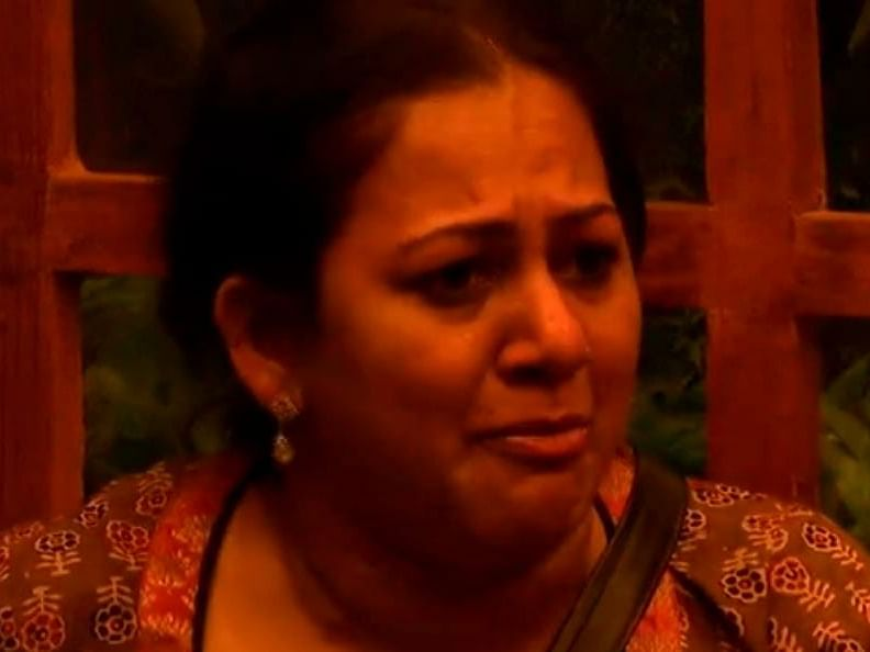 BIGG BOSS Season 4 Tamil Day 24: Archana, Bala Mom - Son Bonding