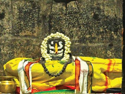 சிவபுரம்! - இராஜராஜேசுவரமுடையார் மகாதேவர்கோயில் - ஆன்மிகம்