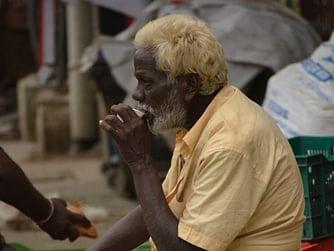 அதிகாலை கடுங்காப்பி.. டெய்லர் கடை இட்லி கெட்டி சட்னி..! - கிராமத்து இளைஞரின் ஜில் அனுபவம் #MyVikatan