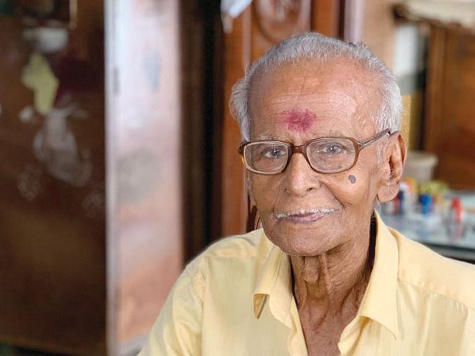 'இறைவன் கொடுத்த வரம்!' - ஓவியர் எஸ்.முருகக்கனி