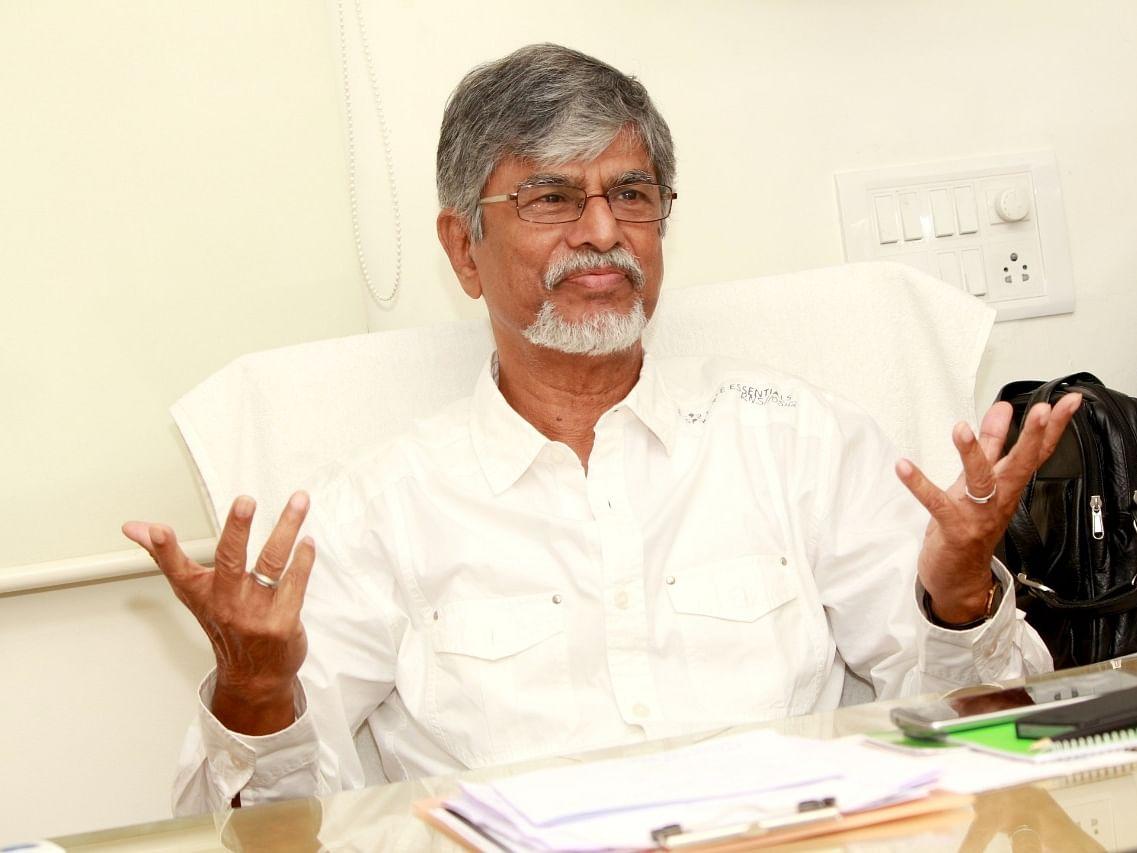 விஜய் தந்தை எஸ்.ஏ.சந்திரசேகர் புதுக்கட்சி?