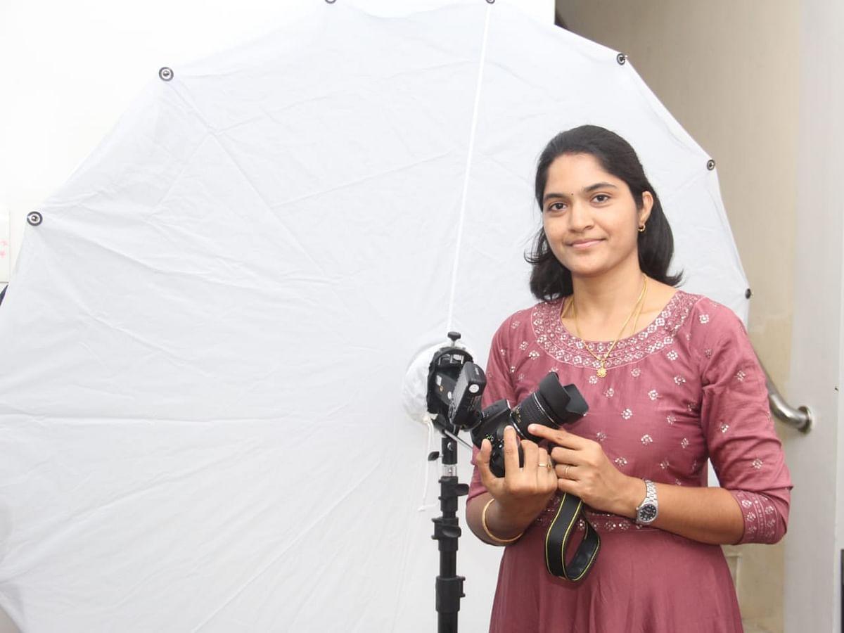 `கிராமத்திலும் இப்போ பேபி போட்டோகிராபி ஹிட்!' - பேபி போட்டோகிராபர் தேனி சாந்தினி