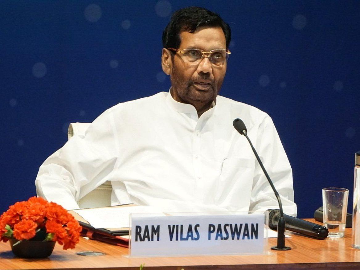 `டெல்லியில் தமிழர்களுக்காக ஒலித்த குரல்!' - ராம்விலாஸ் பஸ்வானின் அரசியல் பாதை #RIP
