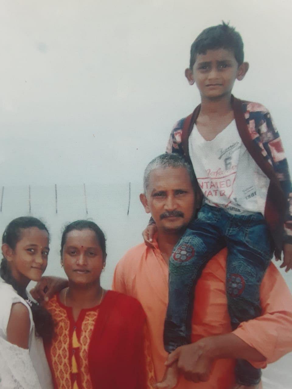செல்வம் - சங்கீதா குடும்பம்