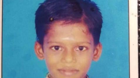 சிறுவன் மோகன்ராஜ்