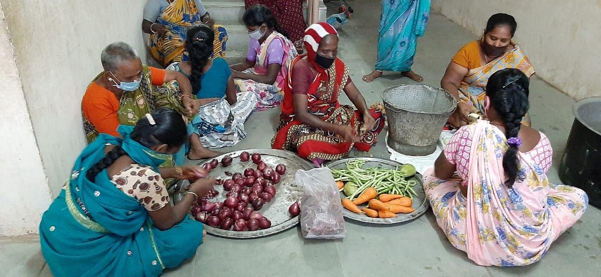 கடலூர் நிவாரண முகாம்