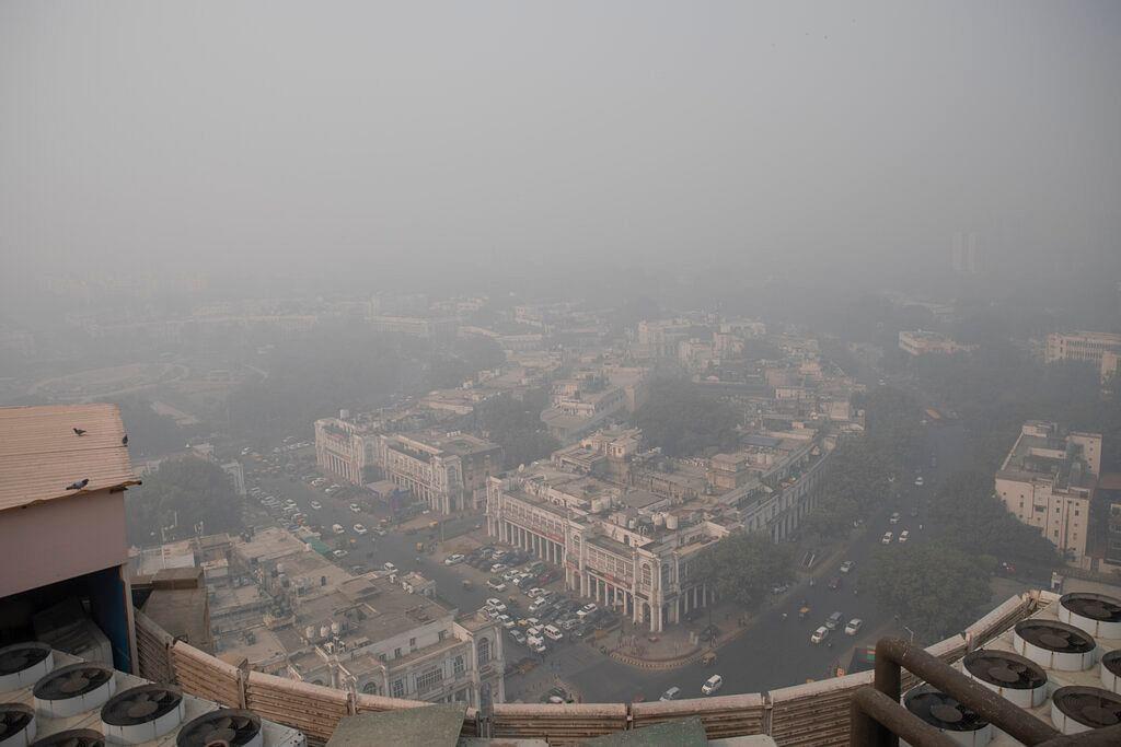 Smog envelopes the skyline in New Delhi