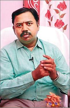 Senior Ayurveda practitioner R.balamurugan