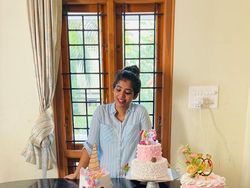 `அப்போ கார்ப்பரேட் HR, இப்போ கேக் பிசினஸில் கில்லி!' - மதுரை ஸ்டெபி