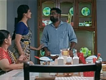 எதிரும் புதிருமாக அப்பா மகன்... அபி வீட்ல அடுத்த கலாட்டா ஆரம்பிச்சிடுச்சே! #VallamaiTharayo