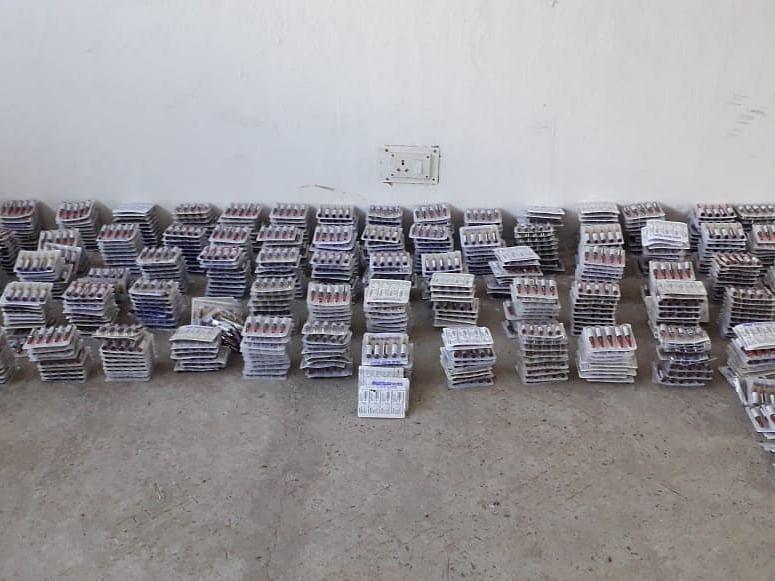 கடத்தல் லிஸ்ட்டில் நோய் எதிர்ப்பு மருந்து! தங்கச்சிமடம் கடல் பகுதியில் சிக்கிய 10,000 குப்பிகள்