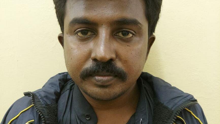 விஜய் ரசிகர் செந்தில்குமார்