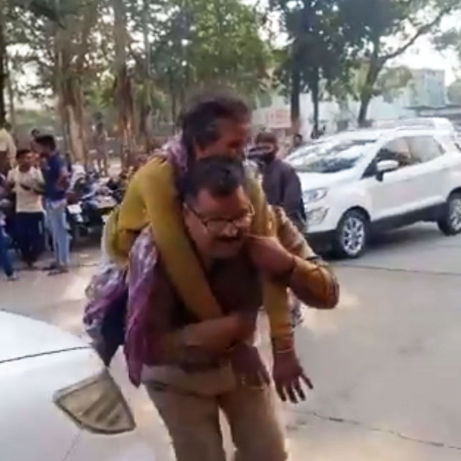 காவலர் சந்தோஷ் சென்