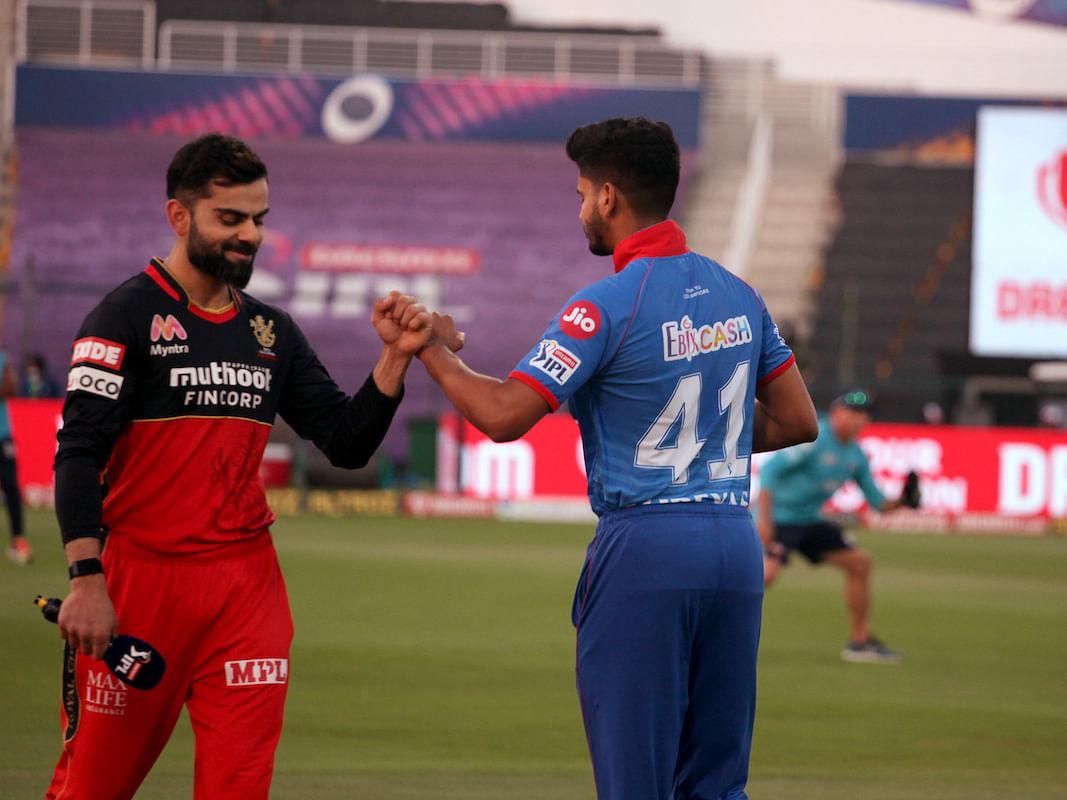 IPL 2020: வெற்றி தோல்விகளைத் தீர்மானிப்பது பேட்ஸ்மேன்களோ, பெளலர்களோ அல்ல... எல்லாமே Dewதான்! #DCvRCB