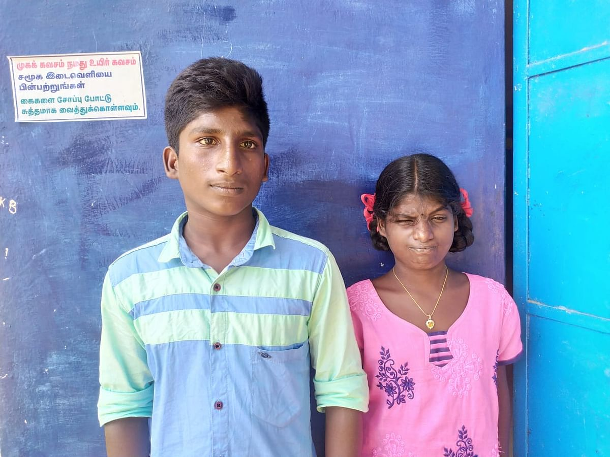 சிறுவர்கள் கார்த்திகா, காளிதாசன்