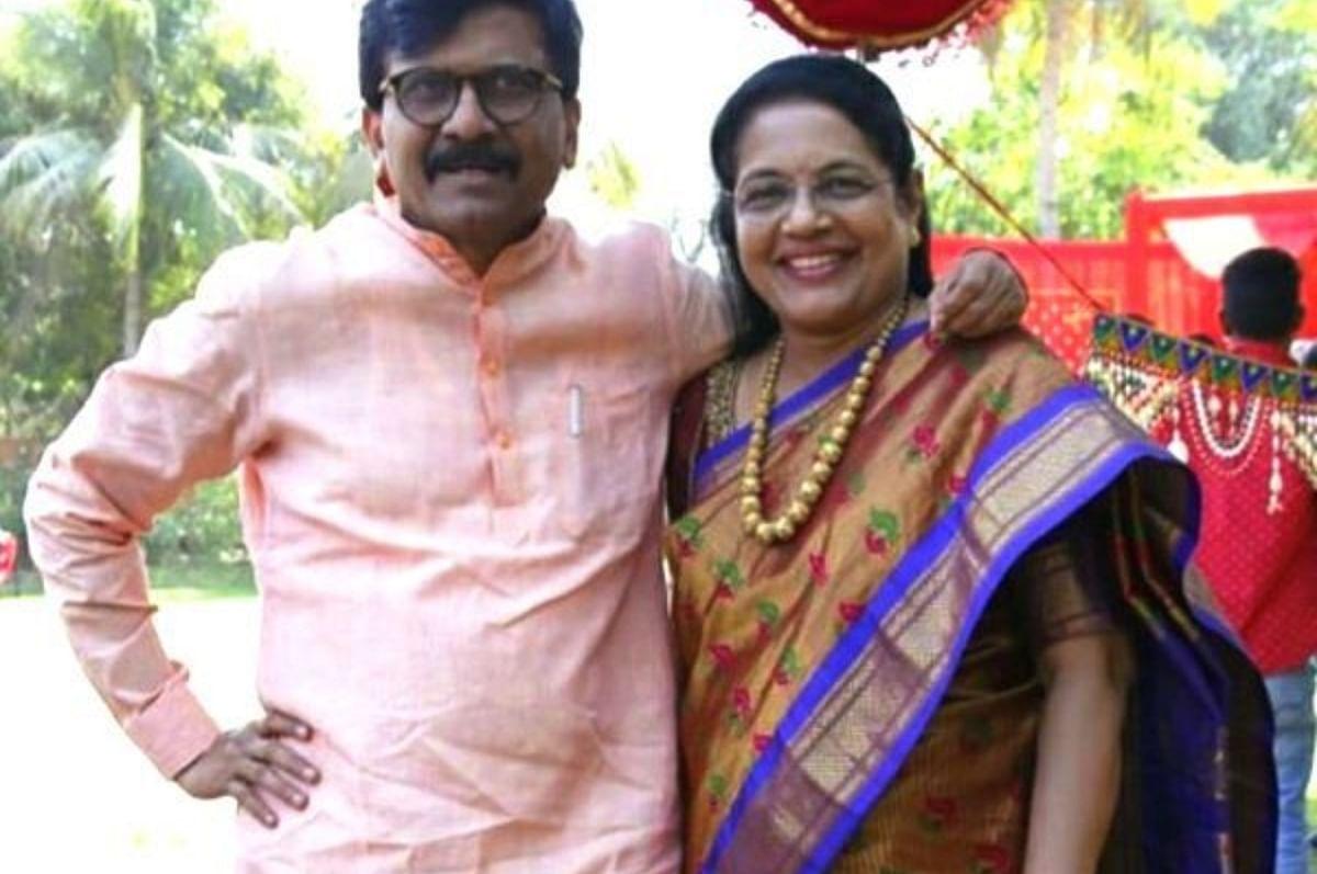 சஞ்சய் - வர்ஷா ராவத்