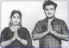 ஜெமினி கணேசன் - சாவித்திரி.