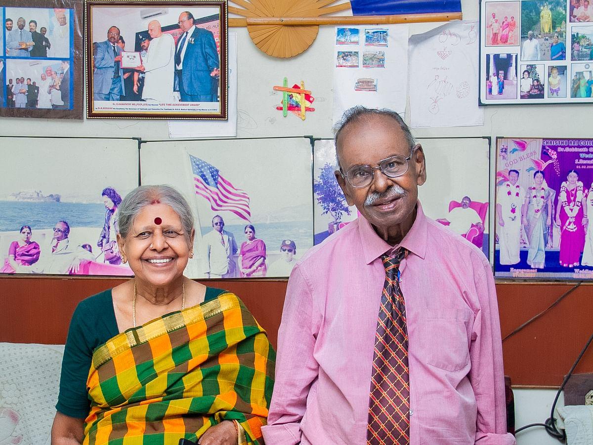 இலவச மருத்துவம், 83 வயதில் பிஹெச்.டி... அசர வைக்கும் திருச்சி கணபதி டாக்டர்!