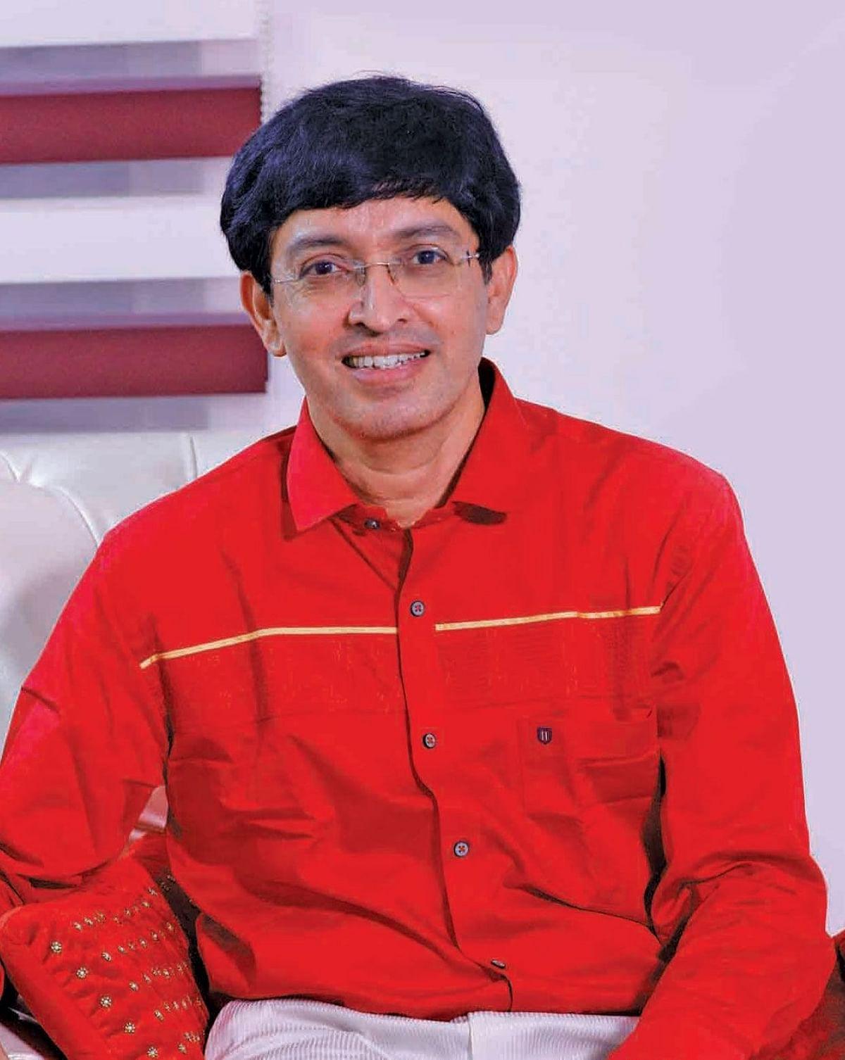 சுகாதாரத்துறைச் செயலாளர் ராதாகிருஷ்ணன்