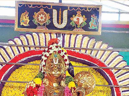 ஆஞ்சநேய பாஹிமாம்...  அனுமந்த ரக்ஷமாம்!