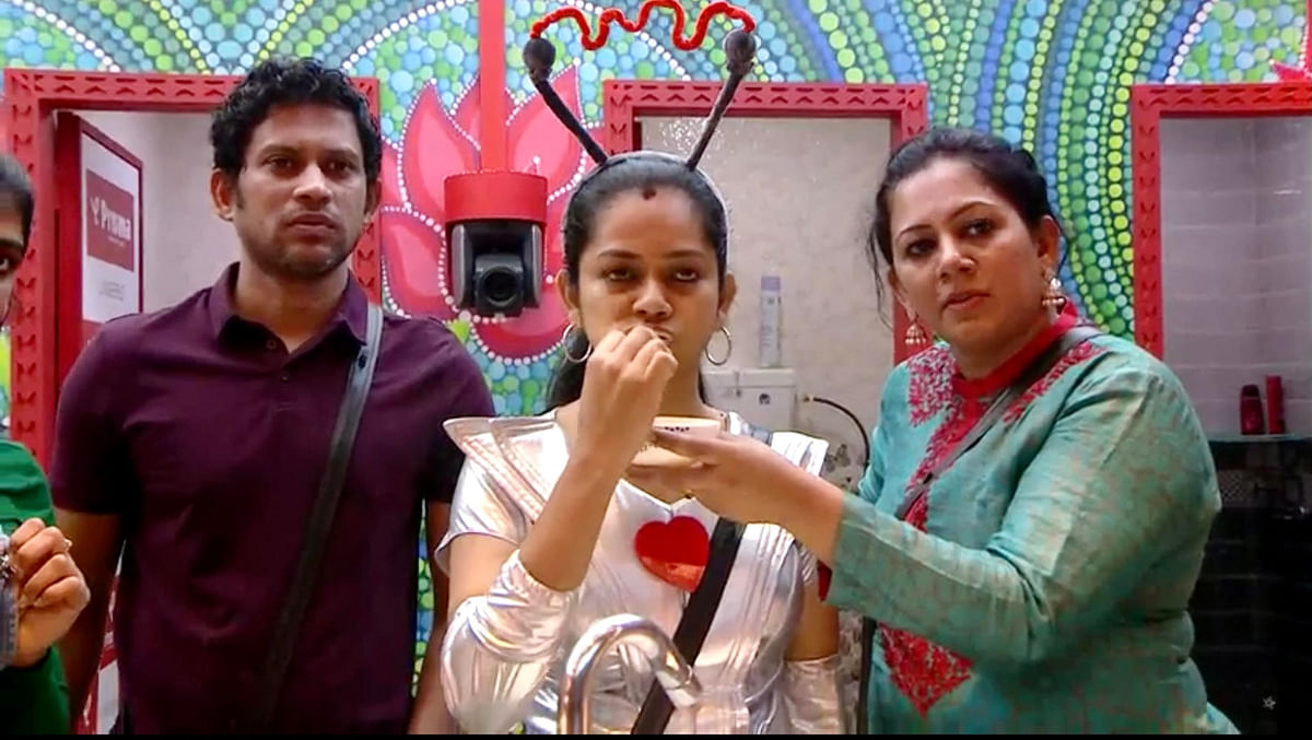 Bigg boss tamil Som, Archana, Anitha