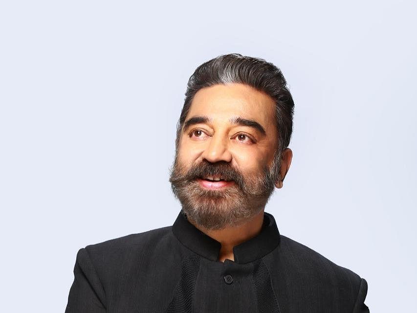 `கமலின் பிக்பாஸ் கதர் காஸ்ட்யூம் இப்படித்தான் உருவானது!' - அனுபவம் பகிரும் டிசைனர் அம்ரிதா