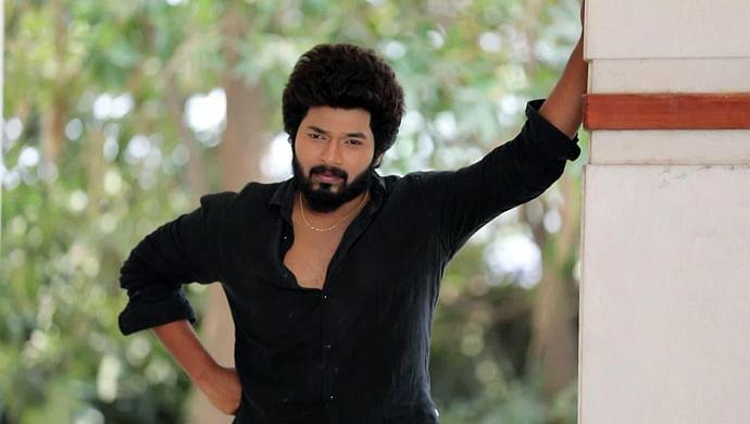 செம்பருத்தி கார்த்திக்
