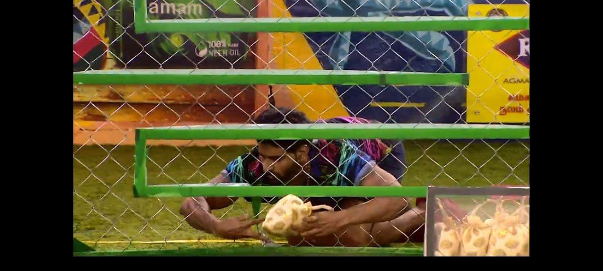 ரம்யாவையே அதட்டிய பிக்பாஸ்... பாலாஜி எனும் காளியின் ஆட்டம்... ஆரியின் 'தகுதியில்லை'! – நாள் 75